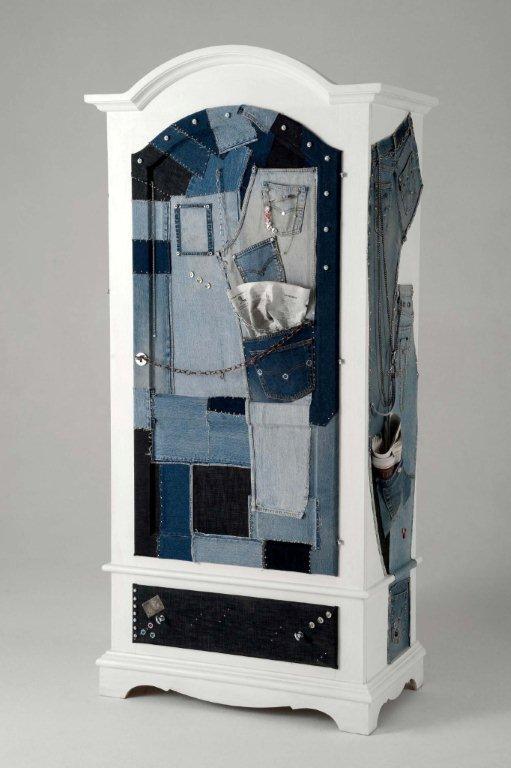Arredi e mobili originali dipinti a mano arredamenti colorati - Decorare armadio ...