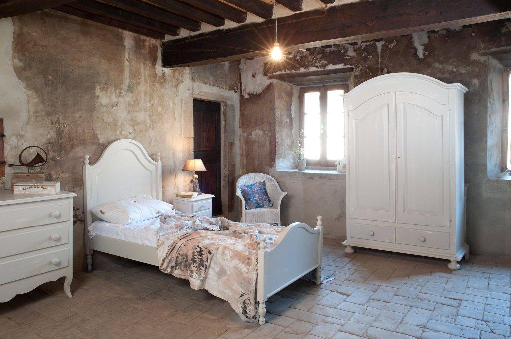 Arredamento country made in italy mobili rustici for Camere da letto made in italy