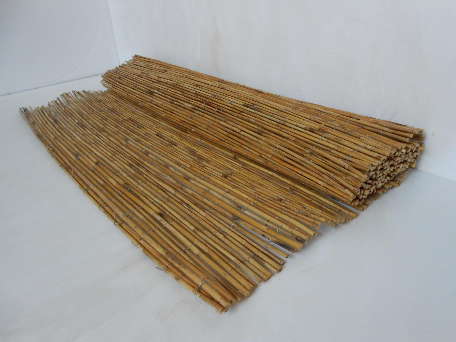 Arelle In Bambù Arelle Di Bambu Canne Di Bamboo Stuoie Bambu Recinzioni In Bambù Cannicci Coperture Per Esterno Pannelli Di Bambu Mantova