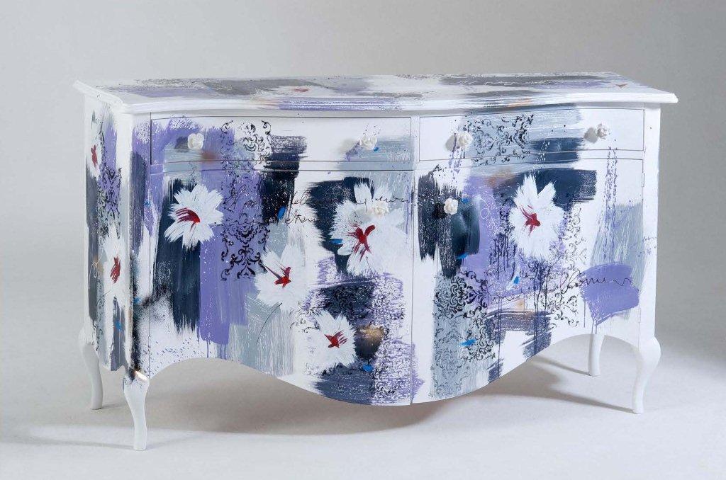 Arredi e mobili originali dipinti a mano, arredamenti colorati