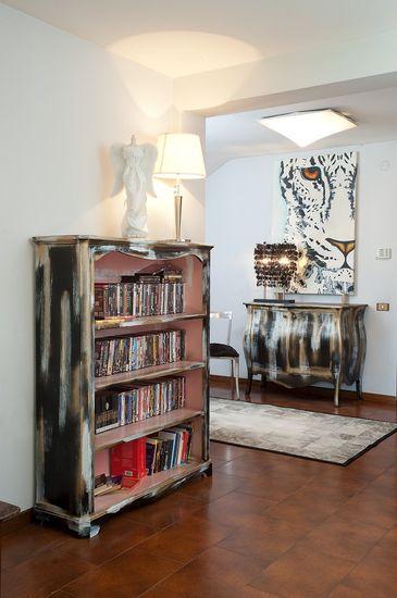 Mobili in stile vintage mobili colorati e dipinti a mano mobili country - Pomelli colorati per mobili ...