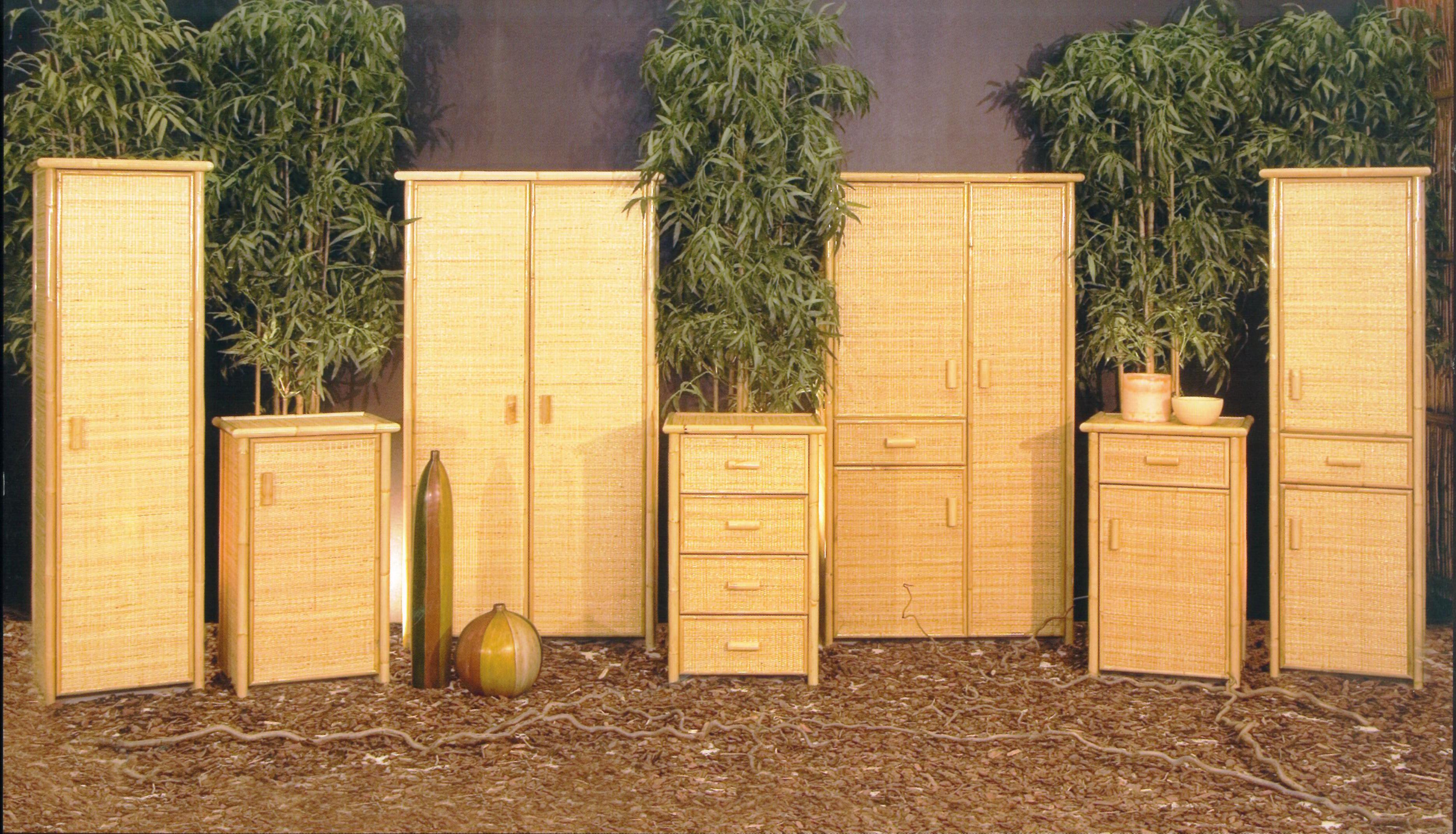 Arredamento ufficio in giunco e rattan complementi d for Mobiletto bagno vimini