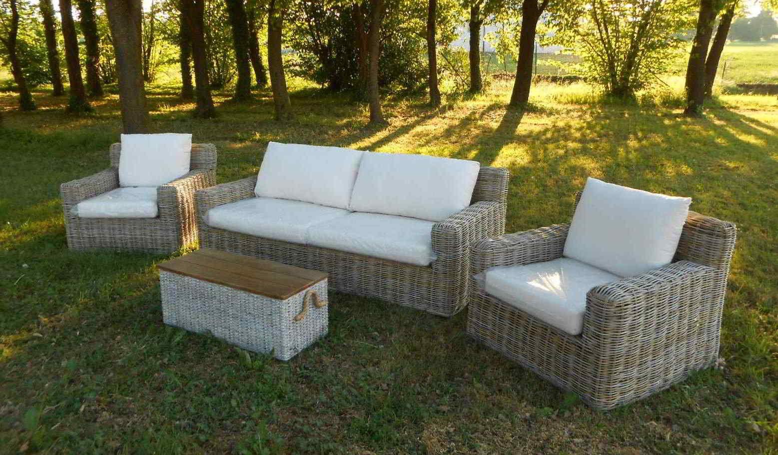 Arredamento per esterno mobili da giardino salotti per - Mobili giardino ...