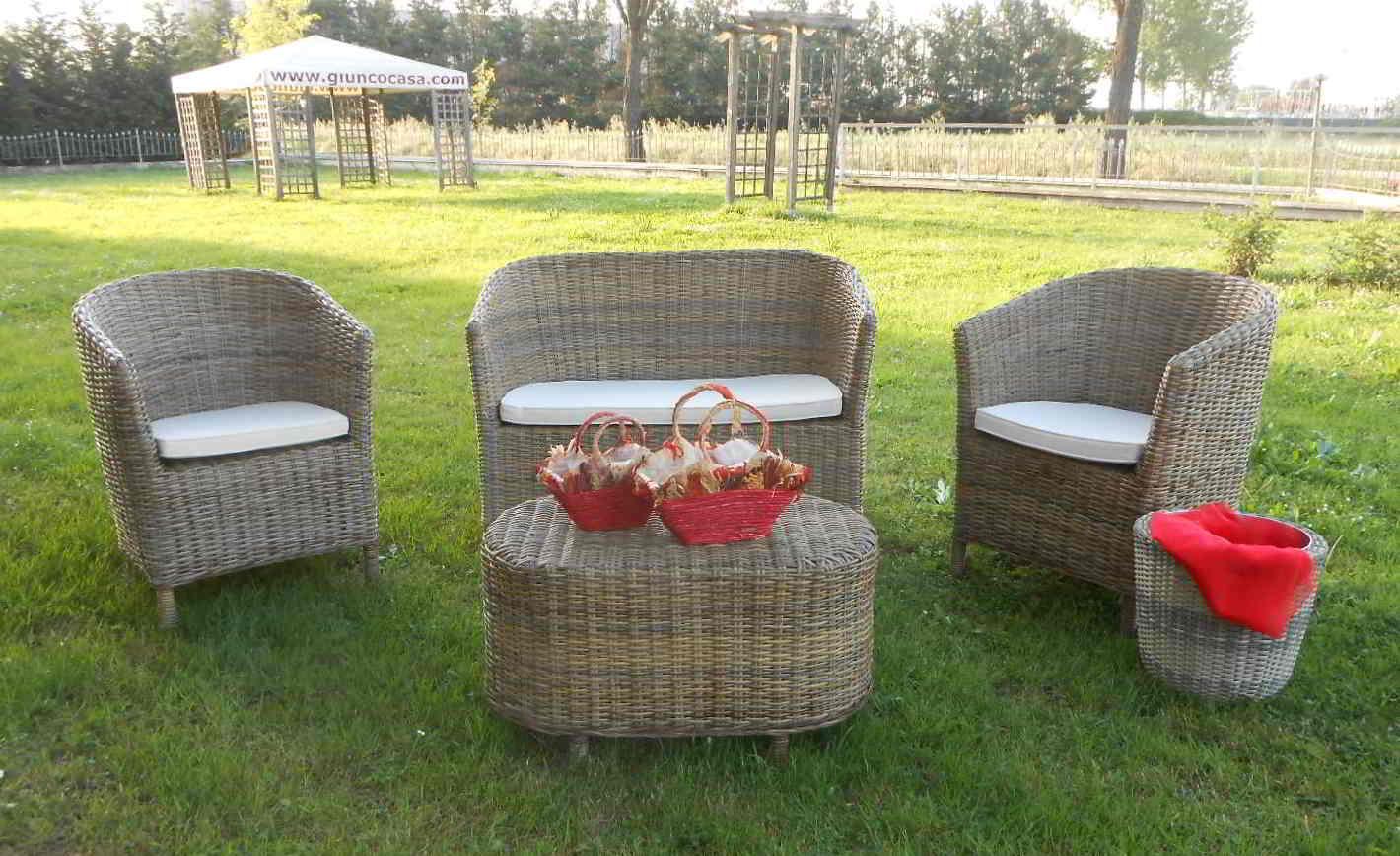 Arredamento per esterno mobili da giardino salotti per esterno arredo giardino mobili in - Salotti da giardino economici ...